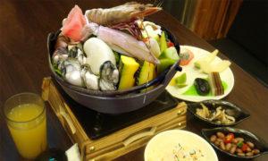頂級大蝦海鮮火鍋