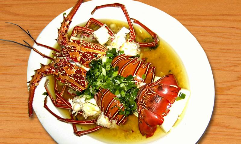 蠔油龍蝦料理